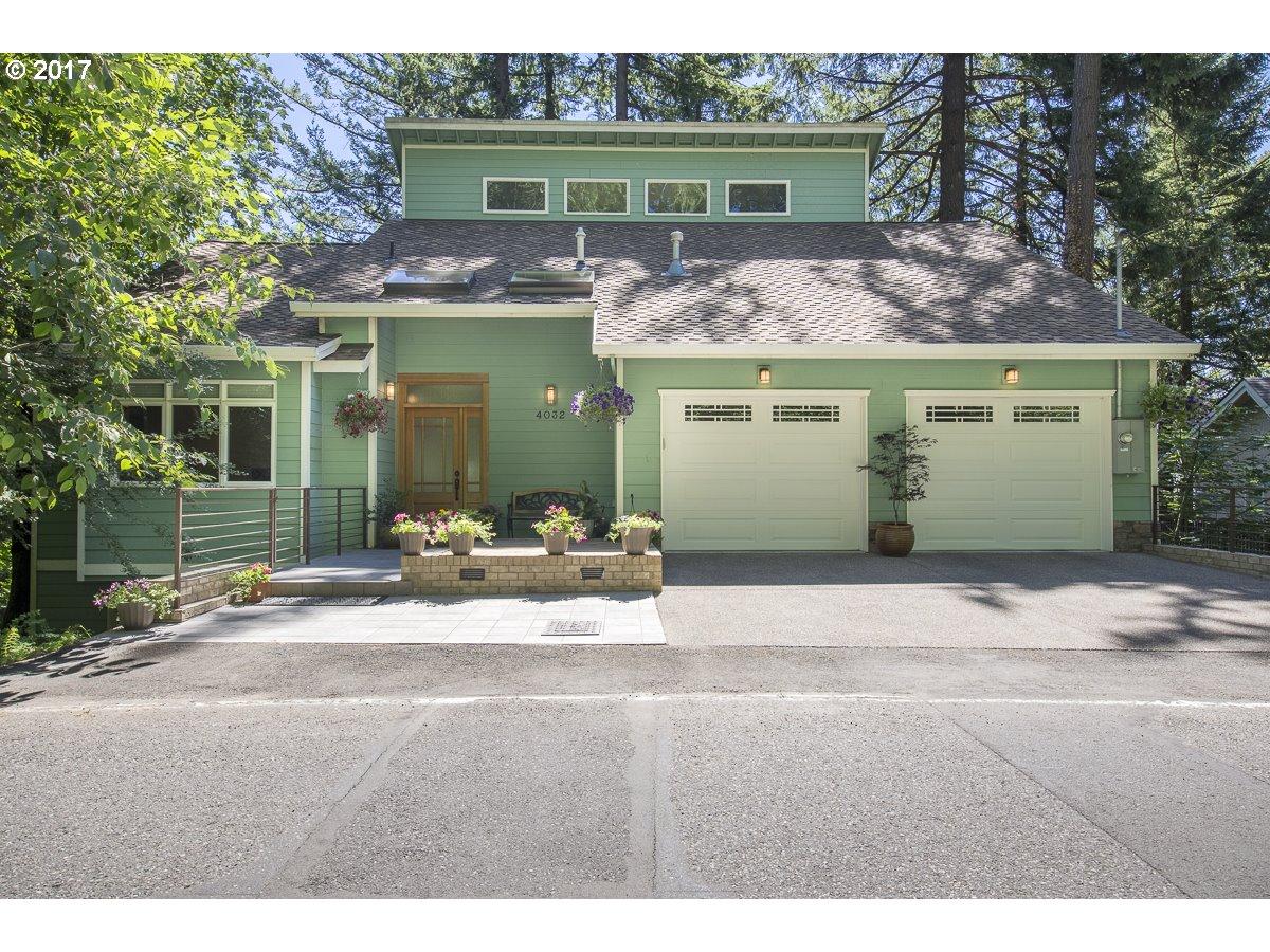 4032 SW HEWETT BLVD, Portland OR 97221