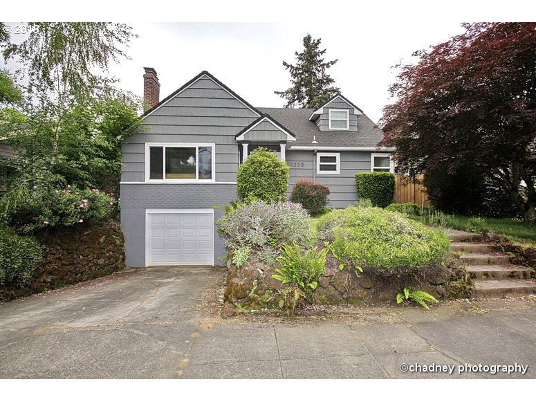3328 E BURNSIDE ST, Portland OR 97214
