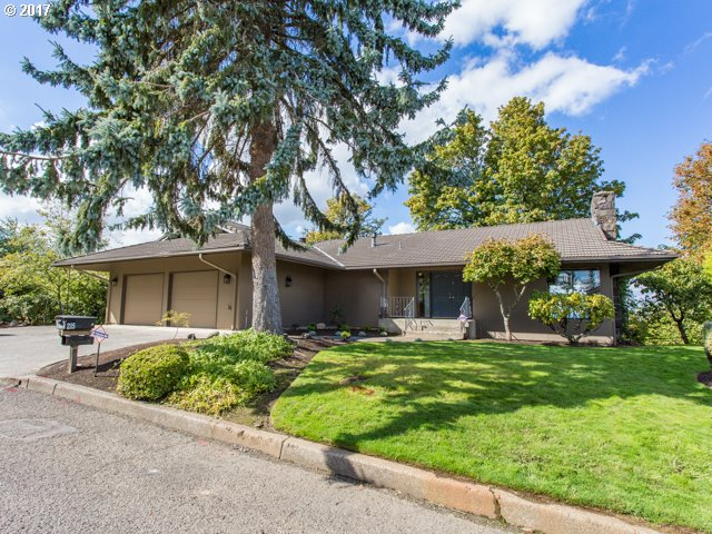 215 SW 14TH ST, Gresham, OR 97080
