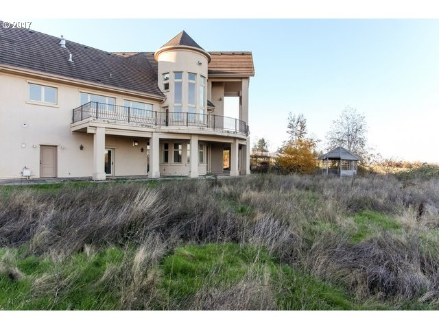 15751 SW PLEASANT HILL RD, SHERWOOD, OR 97140  Photo 6