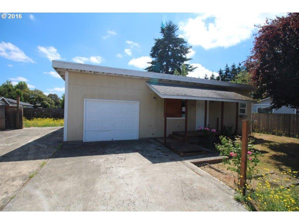 2111 S BERTELSEN RD, Eugene OR 97405