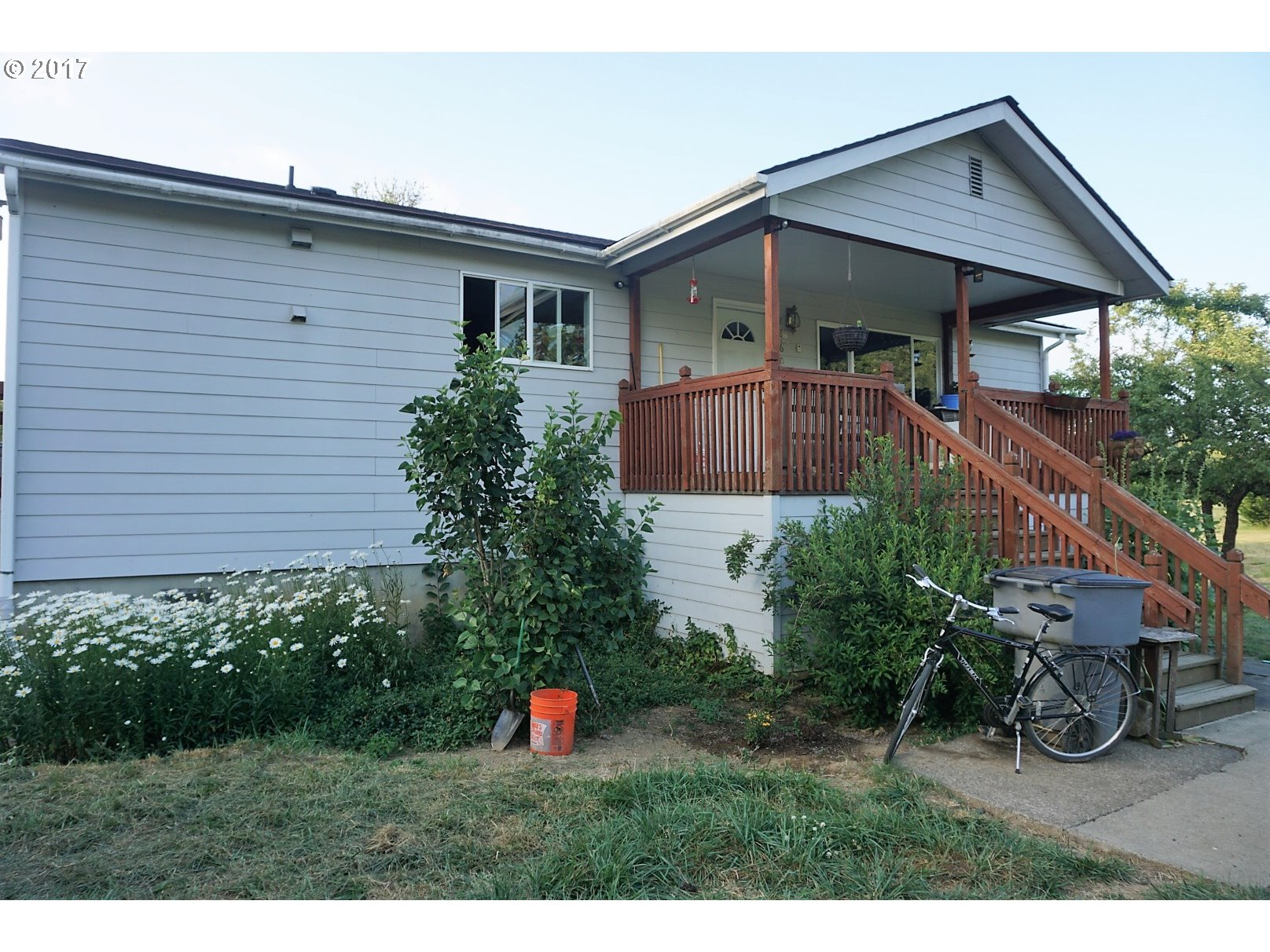 8860 GRAND RONDE RD, Grand Ronde, OR 97347