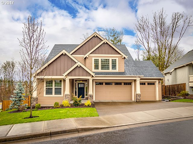 9364 SE LINCOLN HEIGHTS CIR, Happy Valley OR 97086