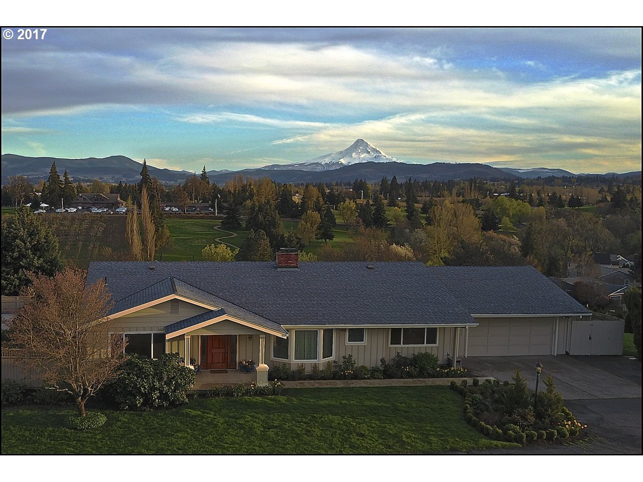 3549 INDIAN CLIFF, Hood River, OR 97031