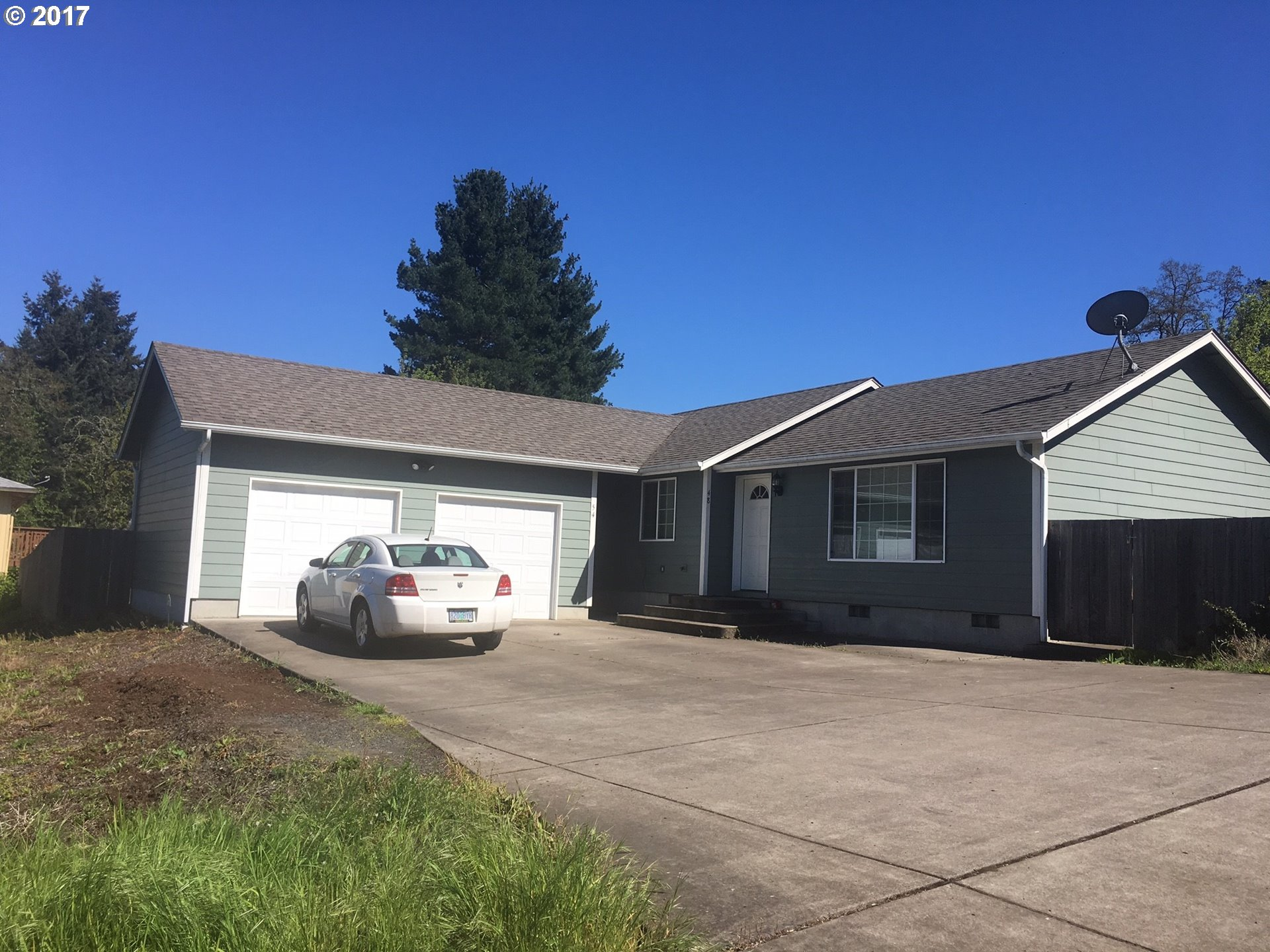 48 N 22ND ST, Cottage Grove, OR 97424