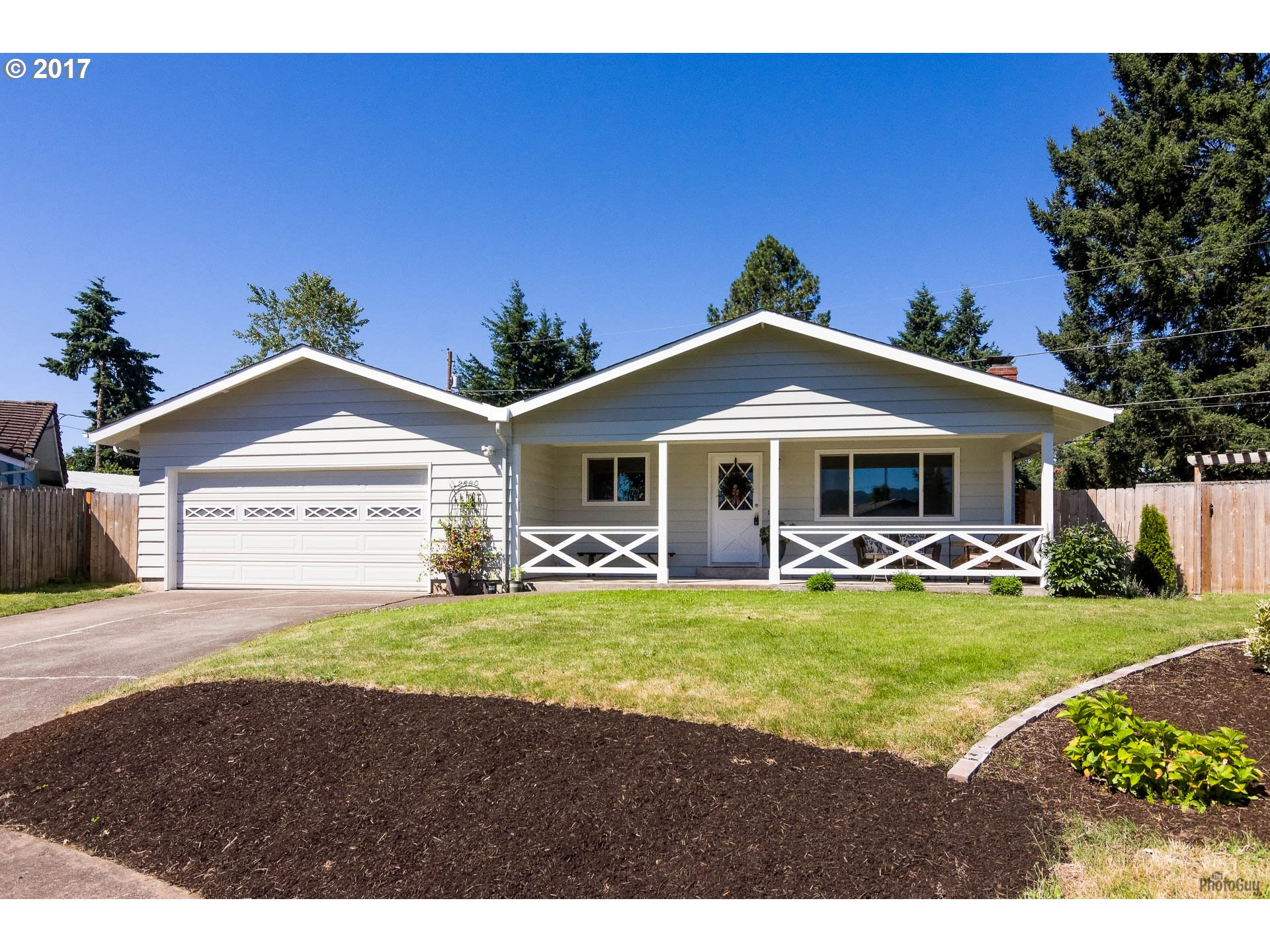2580 GAY ST, Eugene OR 97408