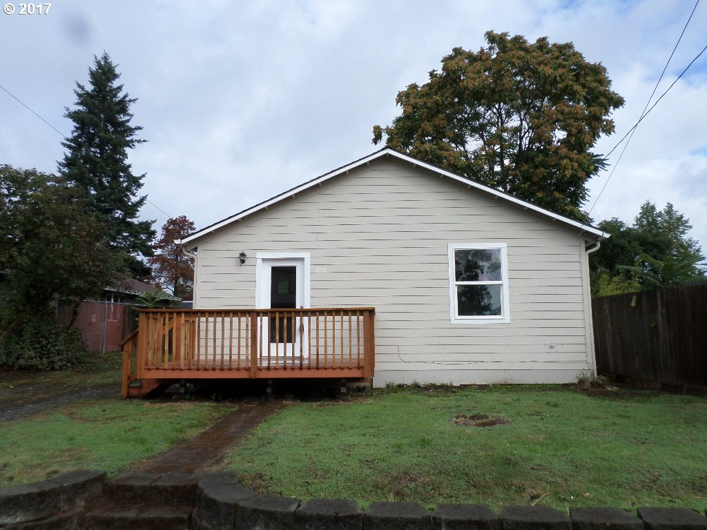 832 sq. ft 2 bedrooms 1 bathrooms  House , Portland, OR