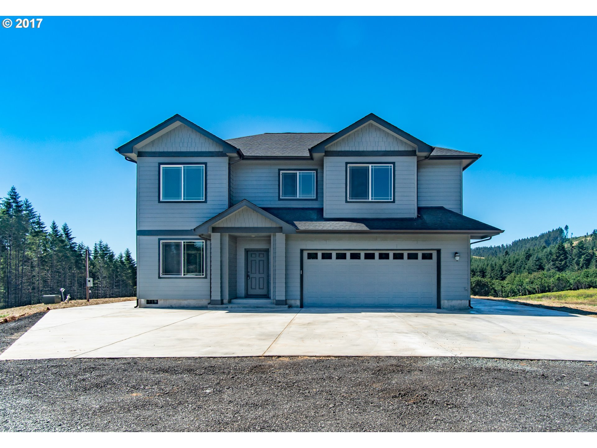 1190 TERRITORIAL HWY, Cottage Grove, OR 97424