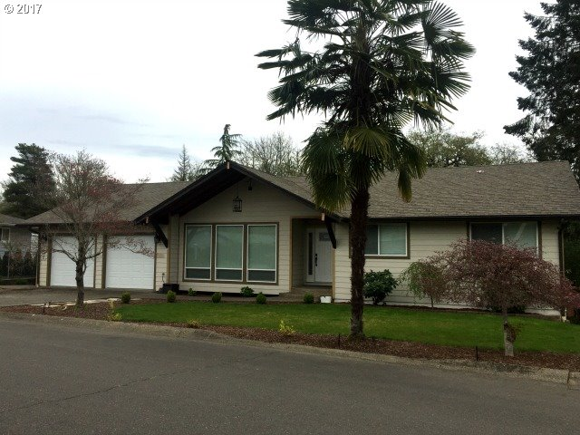 1182 NW CHERRY DR Roseburg, OR 97471 - MLS #: 17186389