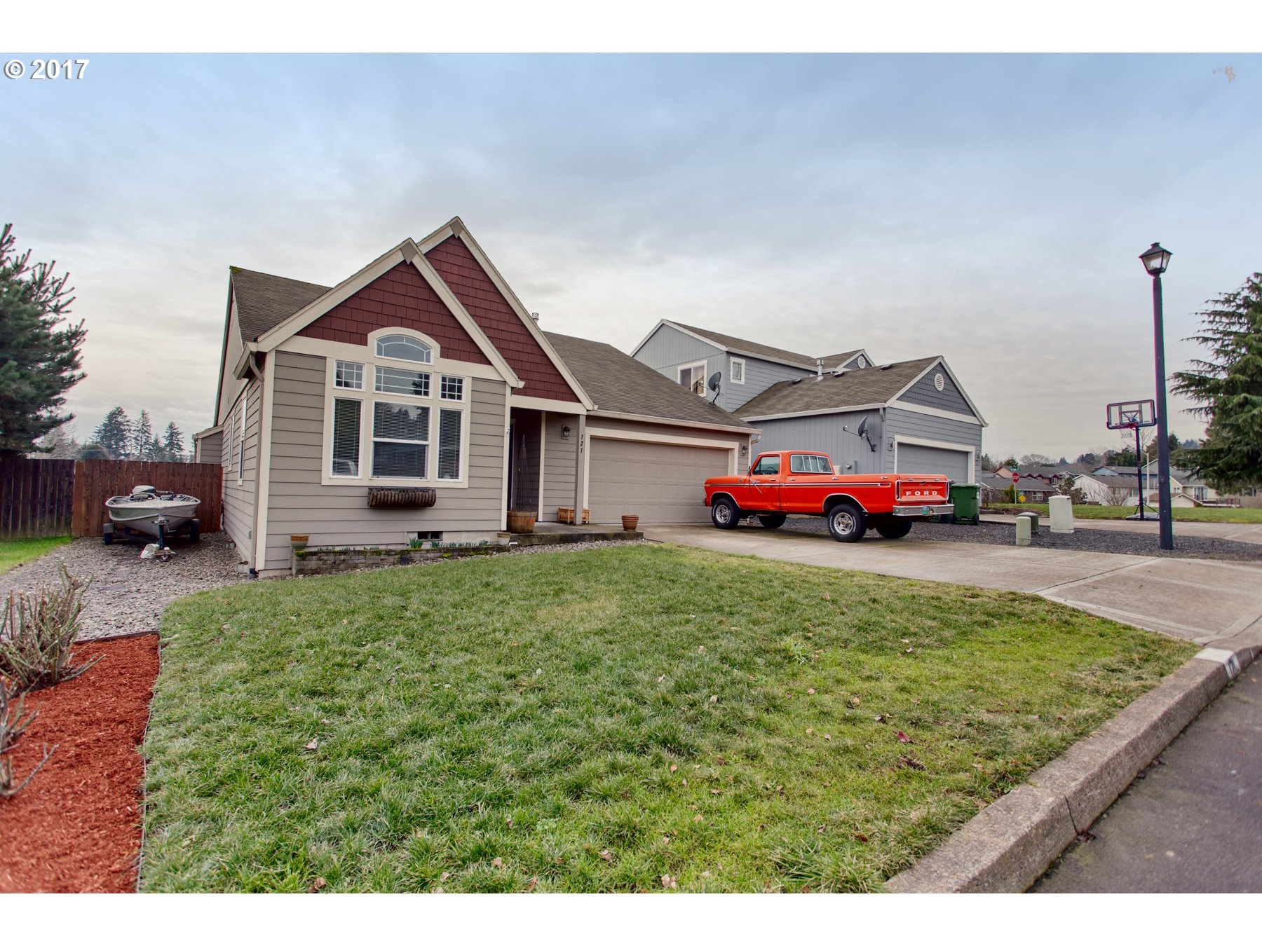121 NW ALPINE ST, Dundee, OR 97115