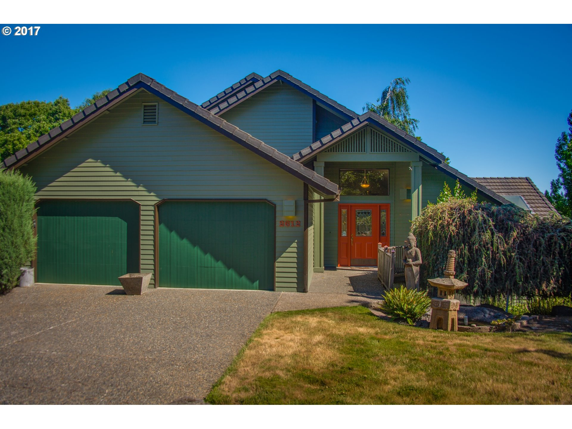 2612 ORCHARD HILL LN, Lake Oswego OR 97035