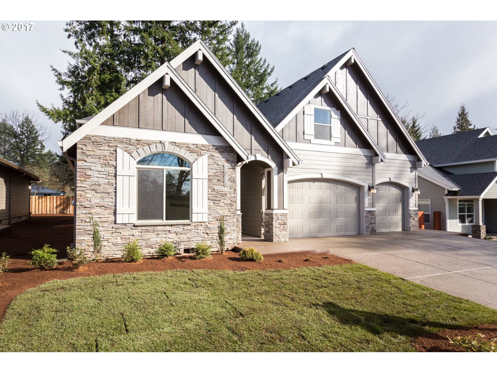 2942 sq. ft 5 bedrooms 3 bathrooms  House For Sale,Portland, OR