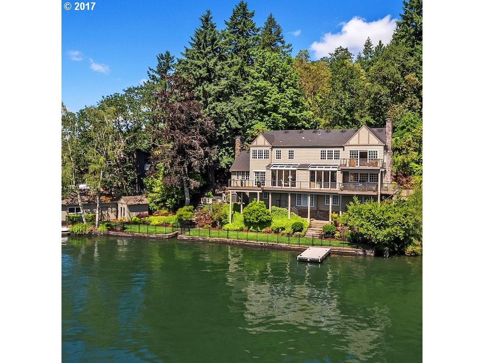 1066 NORTHSHORE RD, Lake Oswego, OR 97034