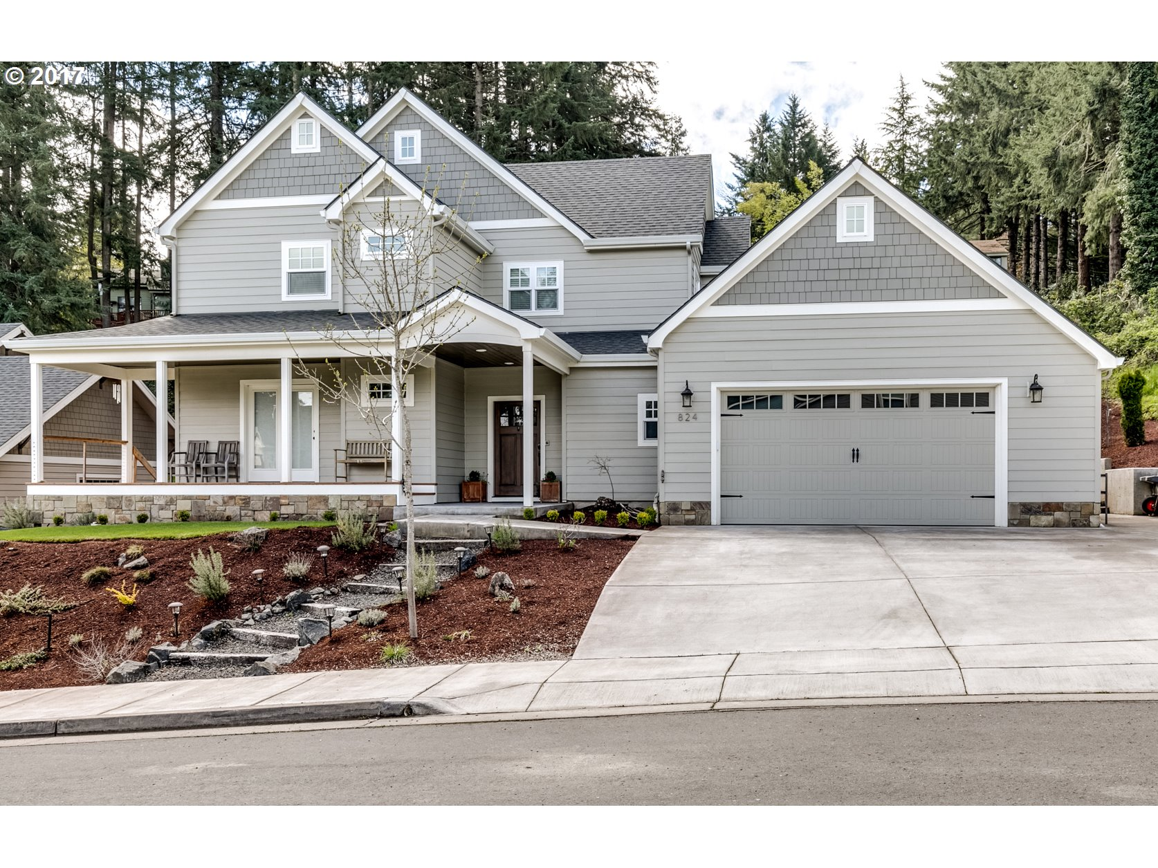 824 W 35TH PL, Eugene, OR 97405