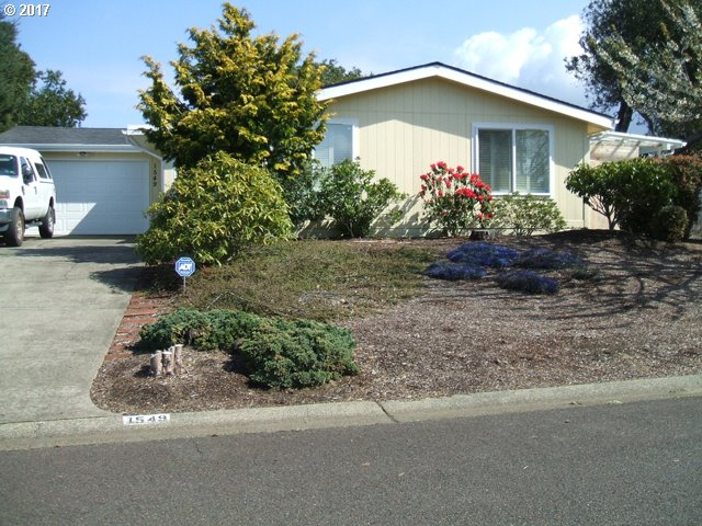 1549 SIANO LOOP, Florence, OR 97439