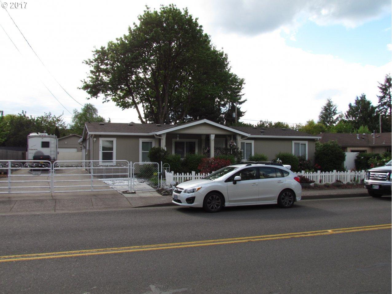 1354 BOGART LN, Eugene, OR 97401