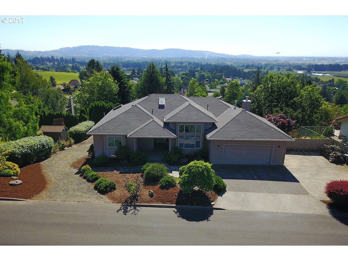 259 NW BRIER AVE, Dundee, OR 97115