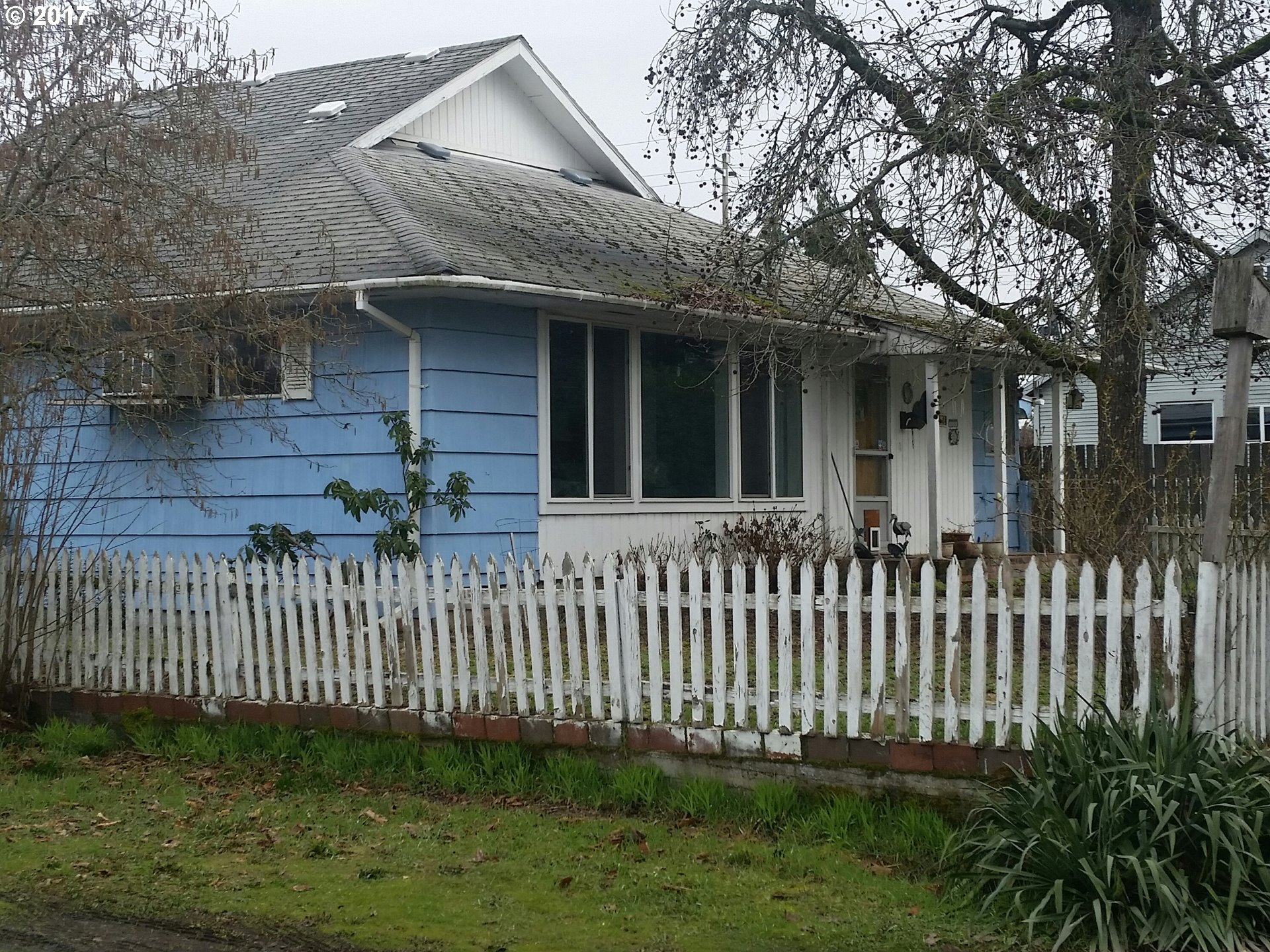 2163 LAURA ST, Springfield OR 97477