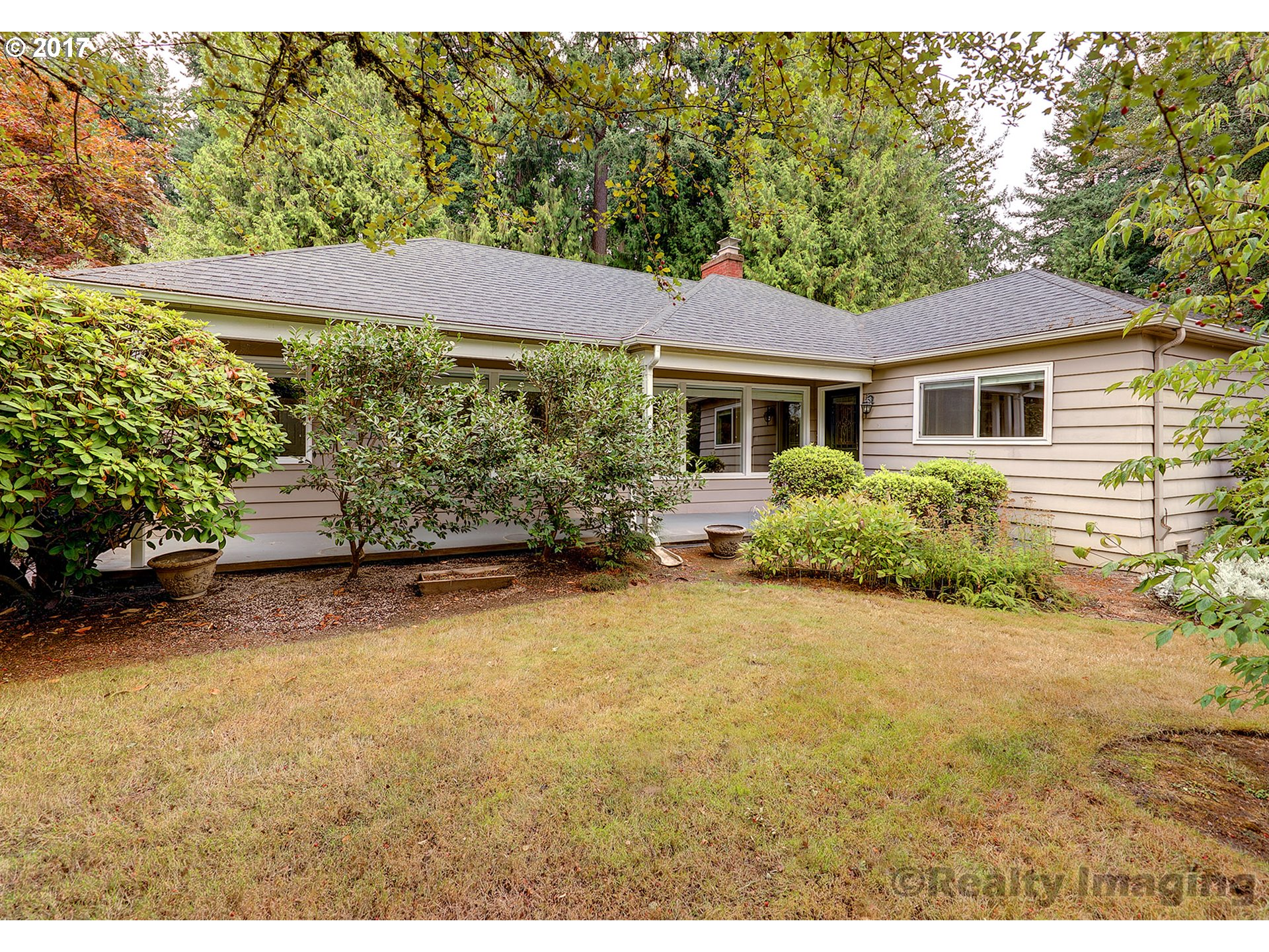 Open 11/18 1-3 & 11/19 11-2! Darling 1940's West Slope bungalow loaded w/charm! Sweet location on quiet dead end street! Hard to find open liv/din/kitchen w/french doors opening to patio - ideal for entertaining! Extensive hardwood floors; rock faced frplc; built-ins; updated sunny kitchen w/granite, ss applcs & eating bar! Spacious bdrms; handsome baths; convenient mud rm/laundry; mature landscaping & private yard! Outstanding schools!