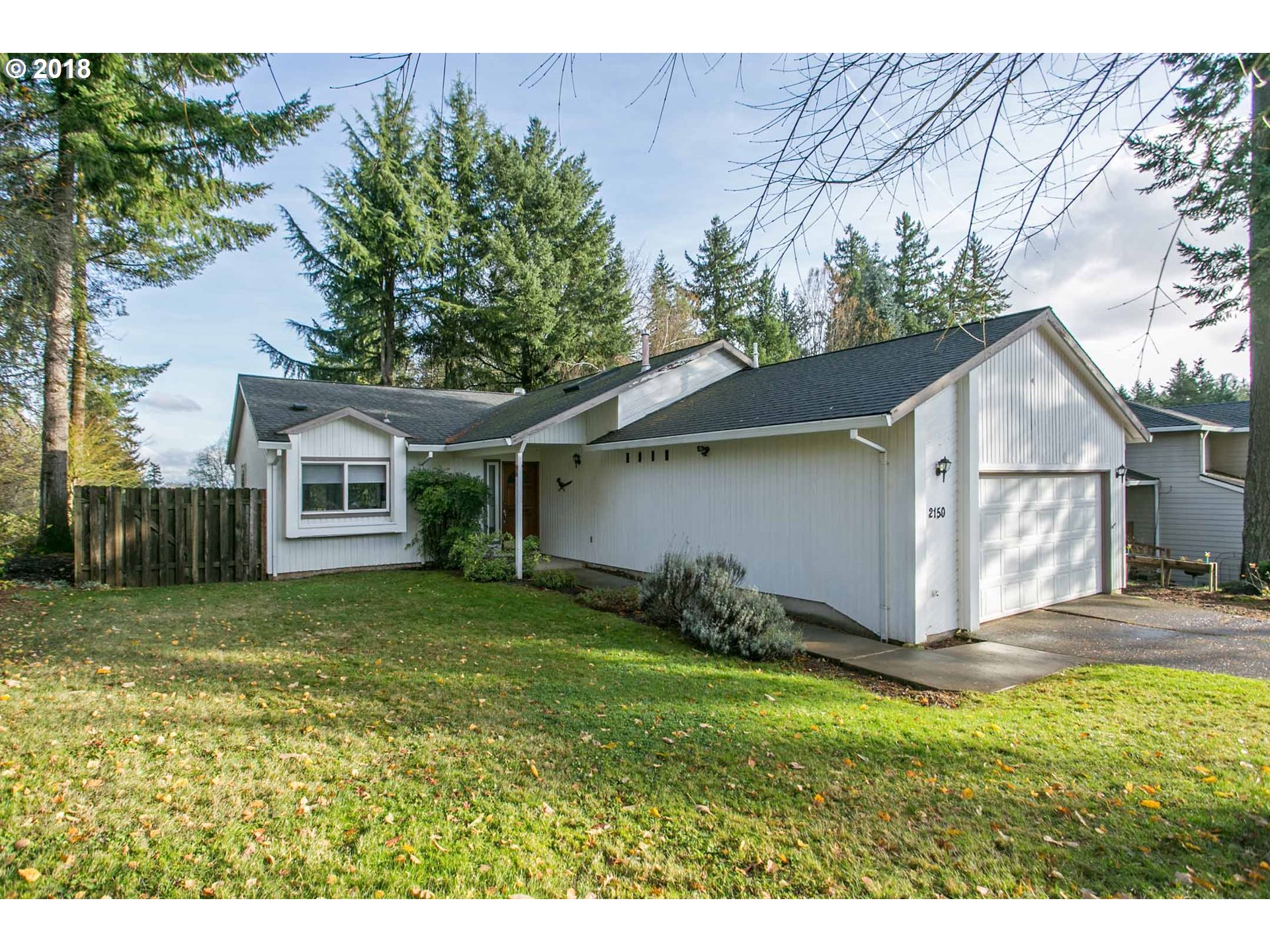 2150 HIDDEN SPRINGS CT, West Linn, OR 97068