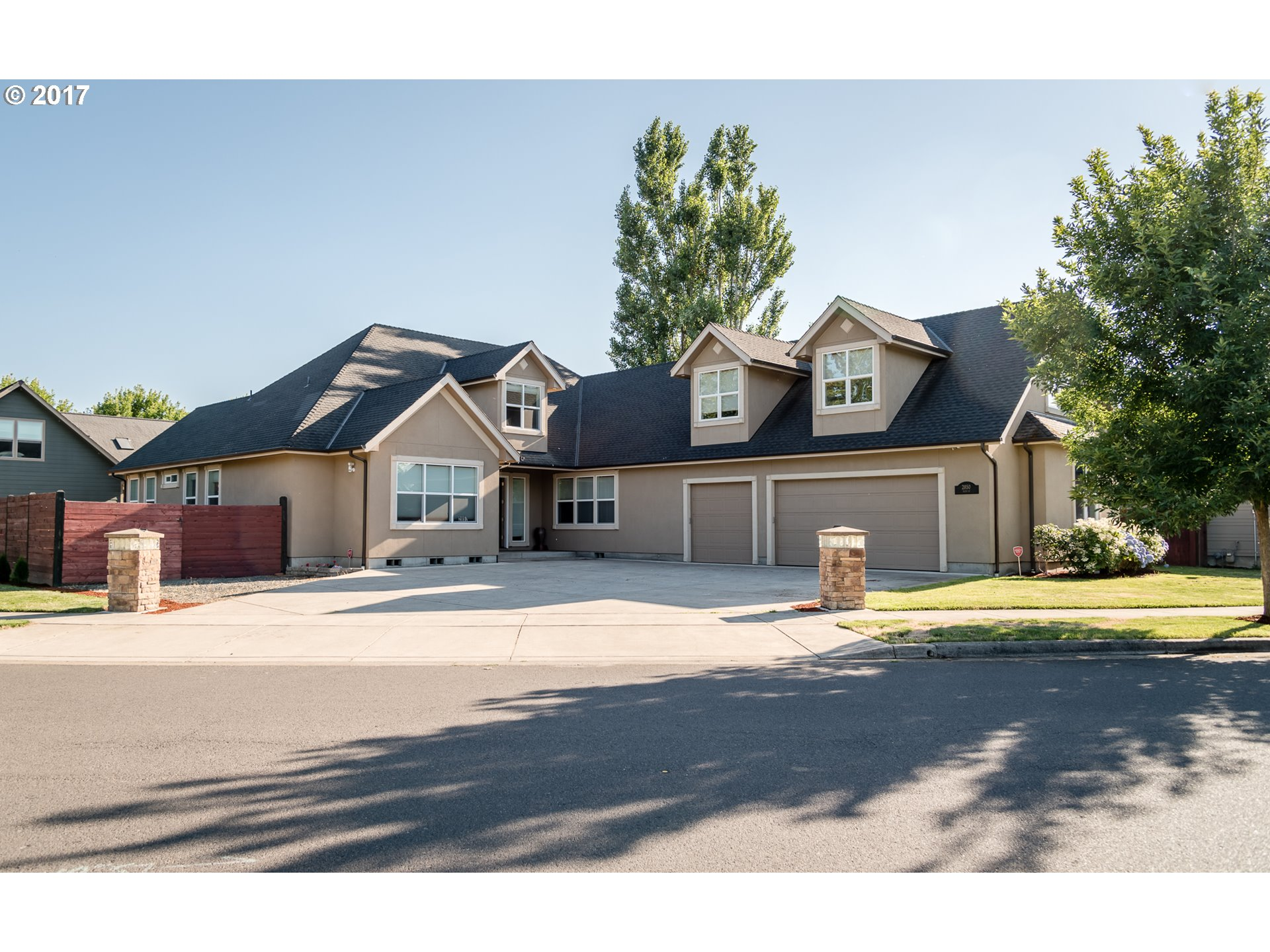 2850 TAITO ST, Eugene, OR 97404