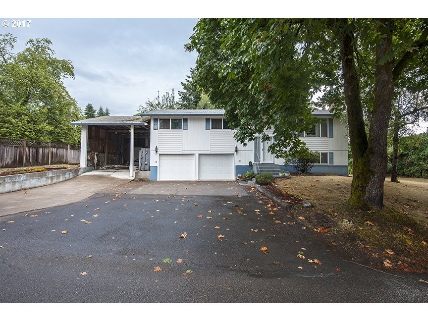 16450 HUNTER AVE, Oregon City, OR 97045