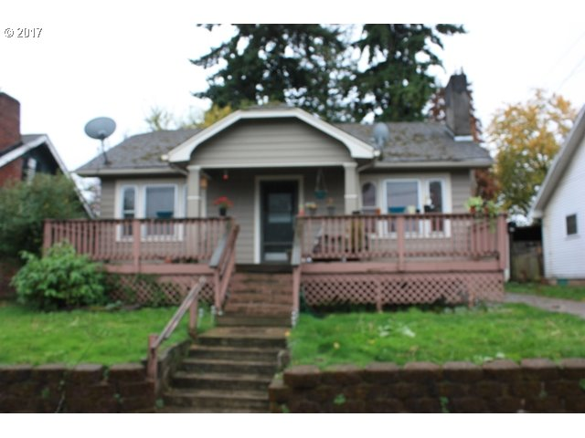 Classic North Portland Bungalow with 4 bedrooms and 2 baths on two levels. Hardwood Floors, fireplace, built-ins and tile in this 20's craftsman.  Big open front porch and close to restaurants, shopping and Max Transit.