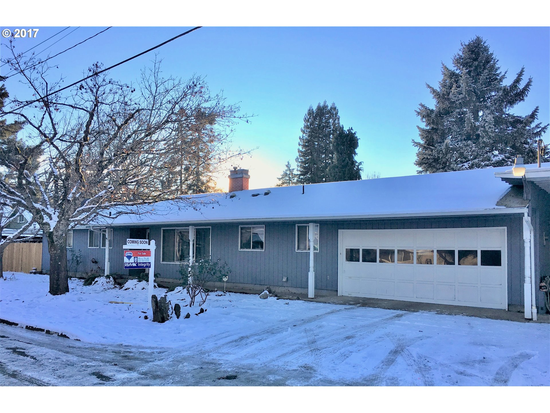 635 N 16TH ST, Cottage Grove, OR 97424