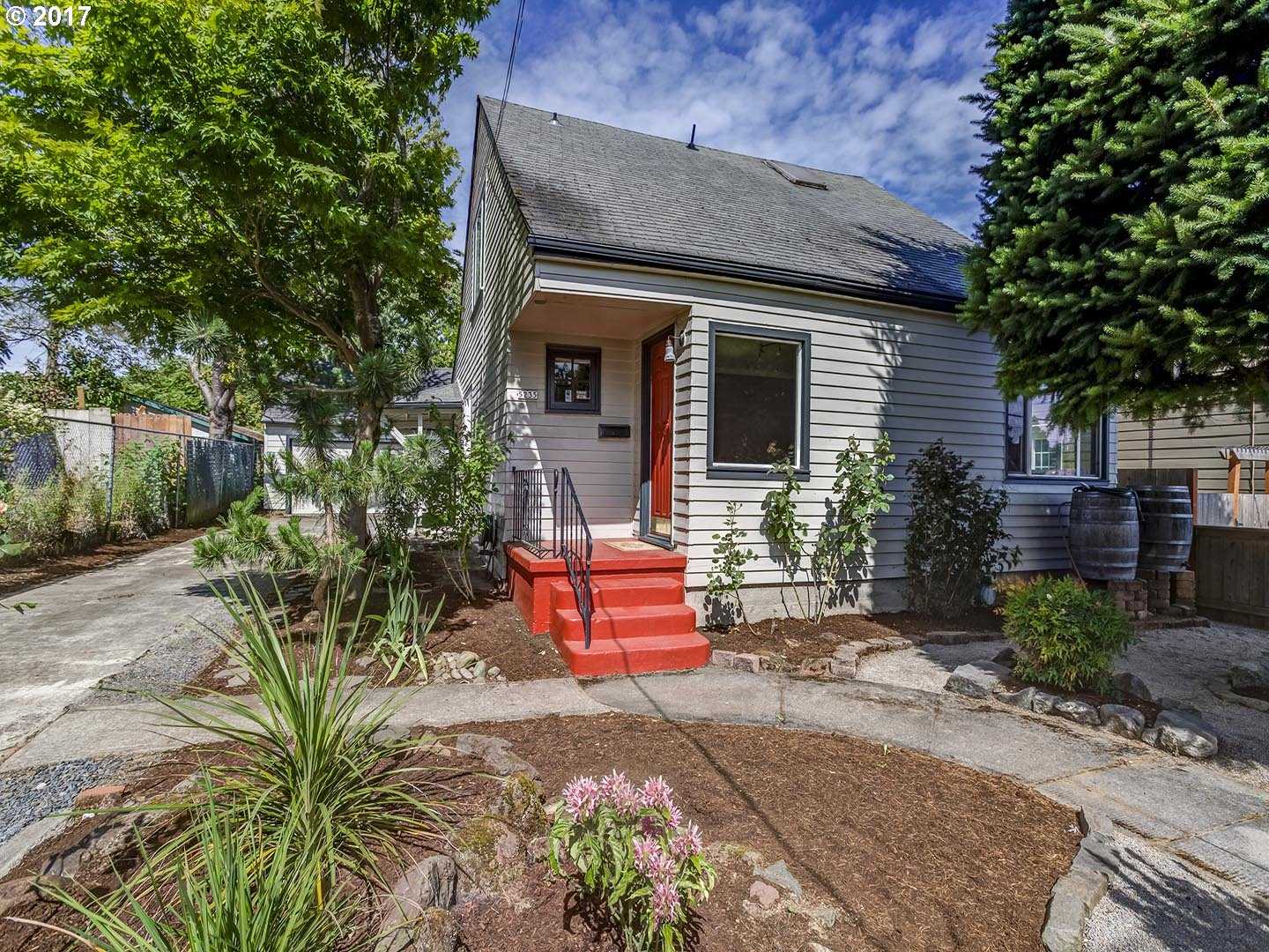 5235 NE 16TH AVE, Portland, OR 97211