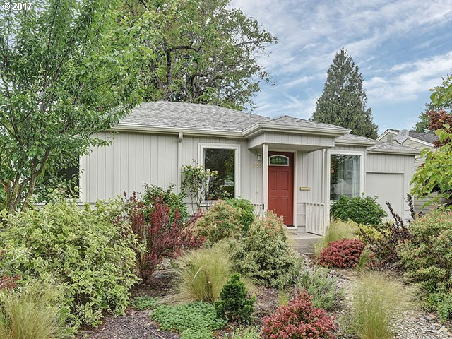 1055 sq. ft 2 bedrooms 1 bathrooms  House For Sale, Portland, OR