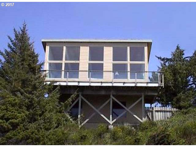 88514 3RD AVE, Florence, OR 97439