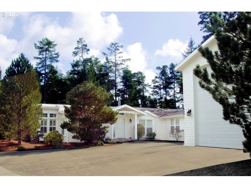 923 ISLAND DR S, Florence, OR 97439