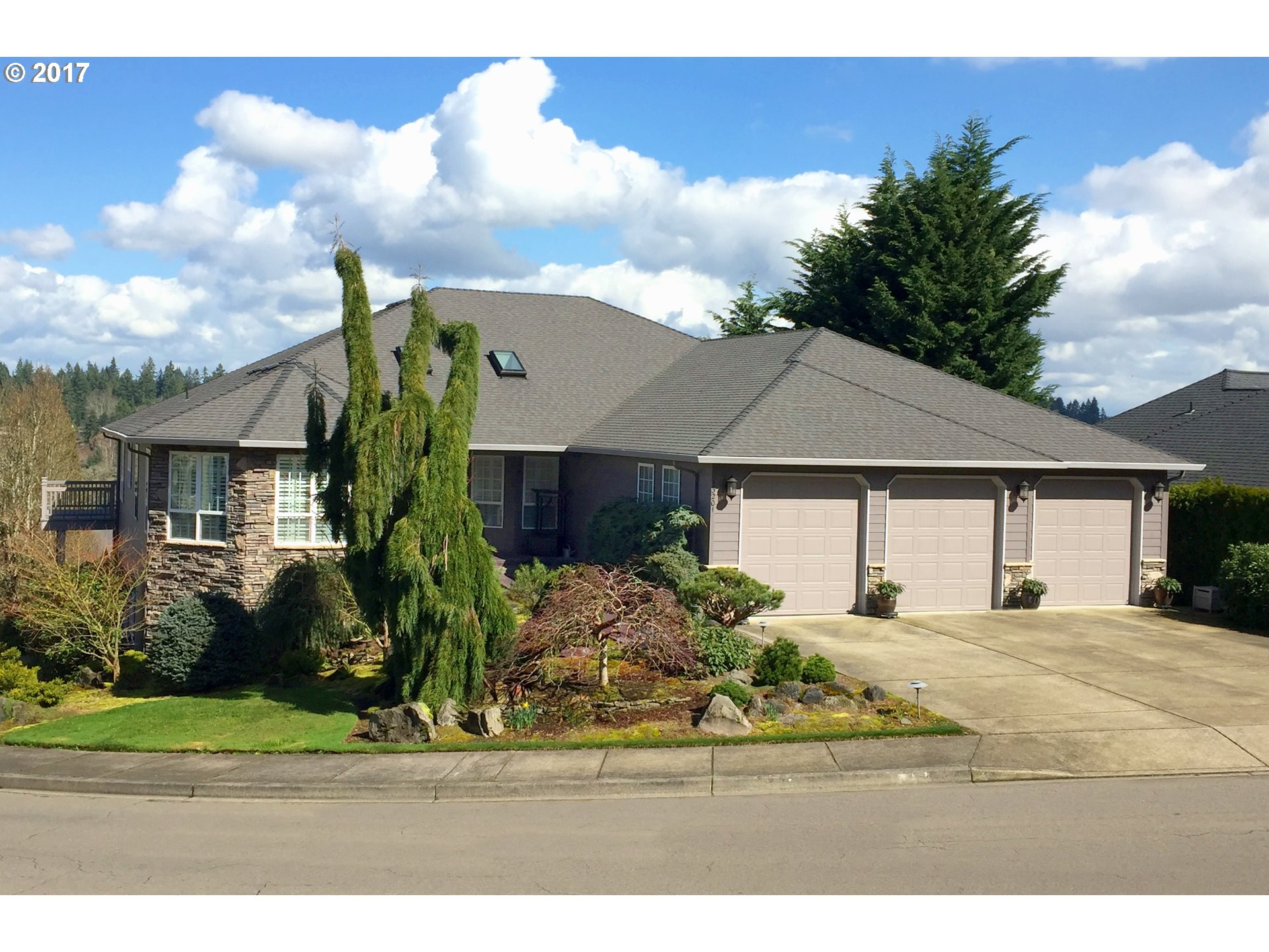 13201 NW 33RD AVE, Vancouver, WA 98685