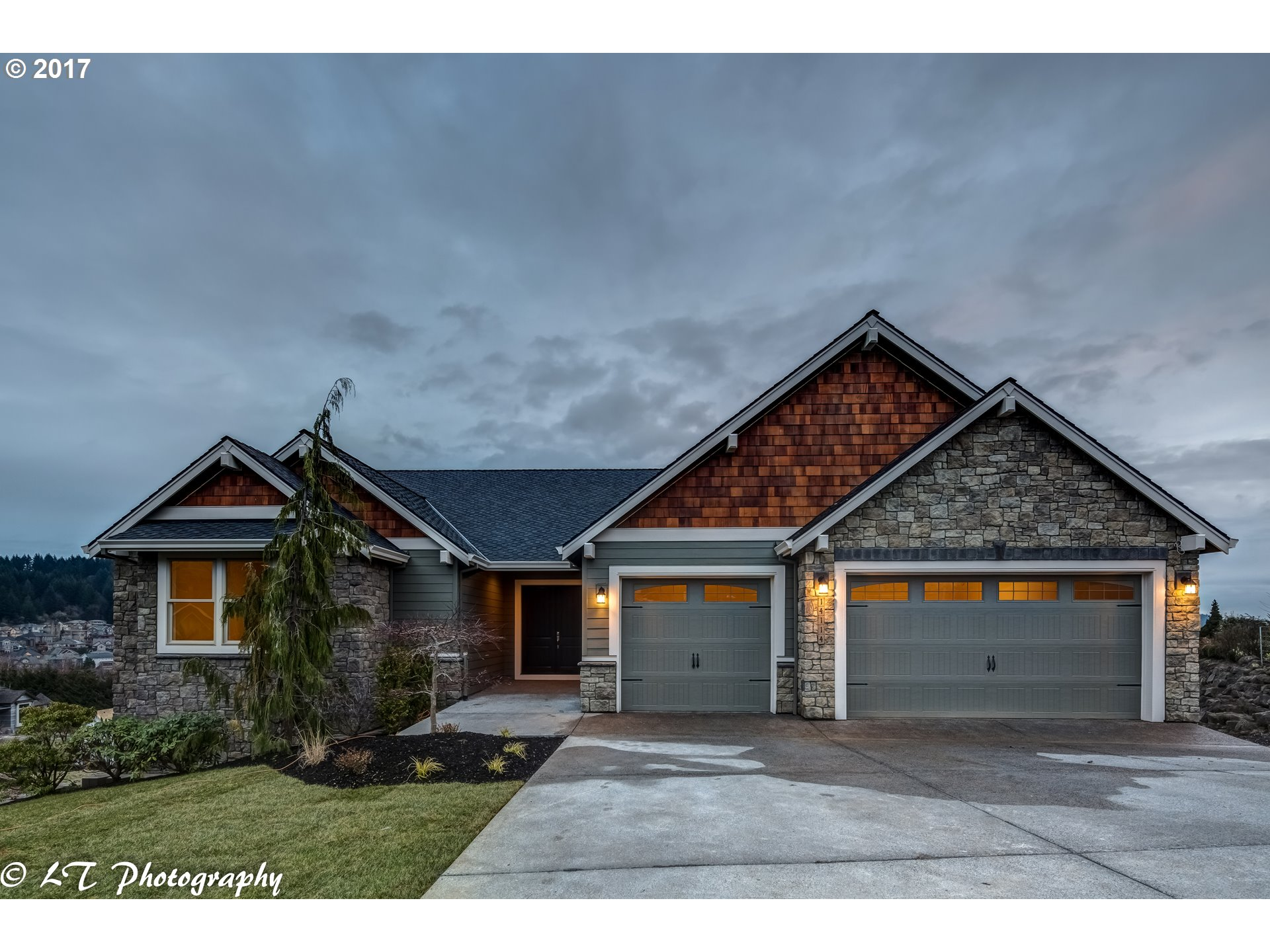 14114 SE TARNAHAN CT, Happy Valley, OR 97086