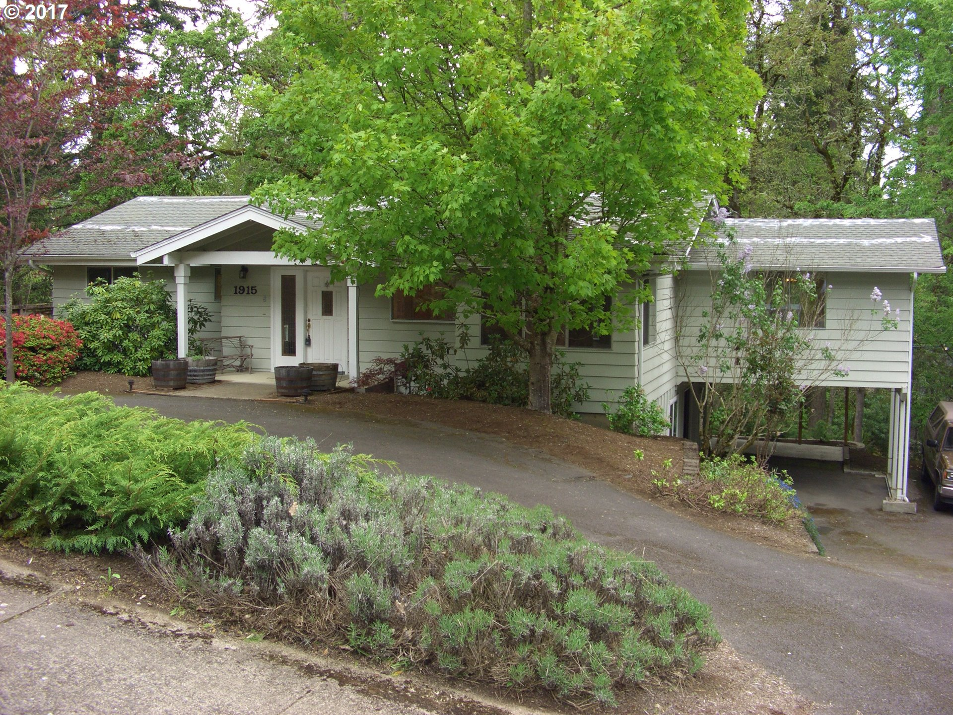1915 W 28TH AVE, Eugene OR 97405