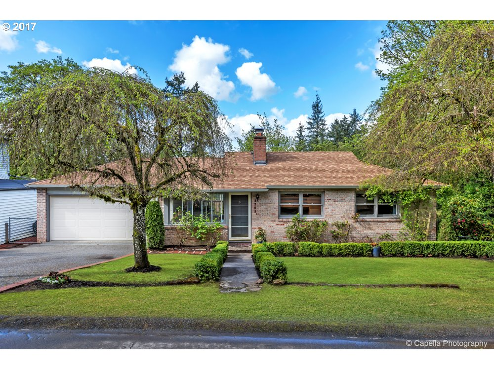 1705 CONIFER DR, Lake Oswego, OR 97034