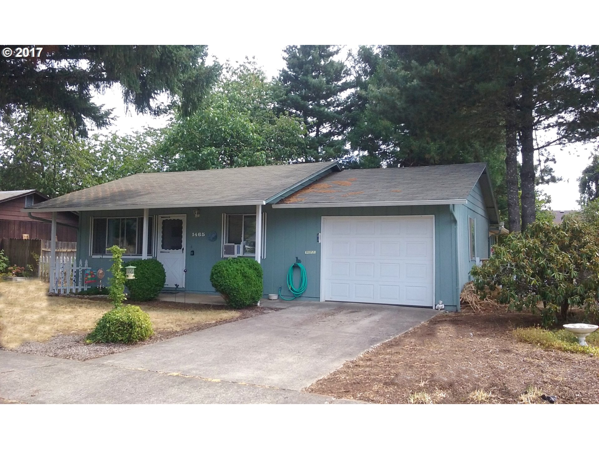 1465 EDISON AVE, Cottage Grove OR 97424