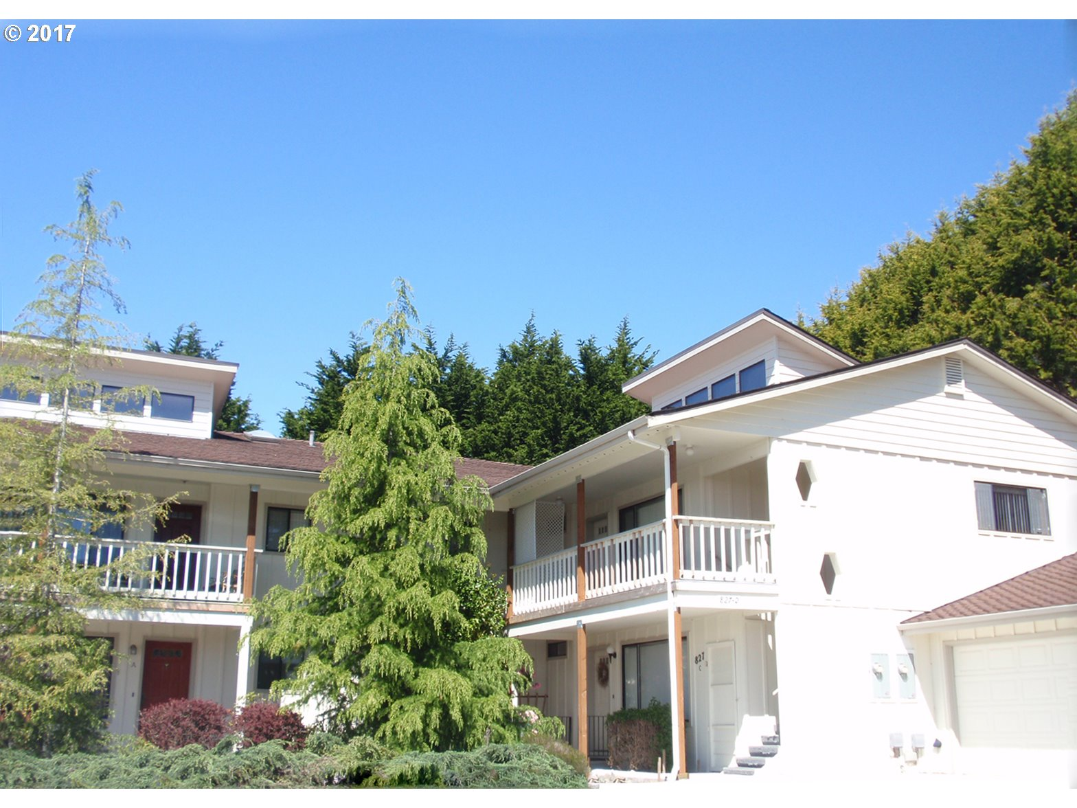 Brookings, OR 2 Bedroom Home For Sale