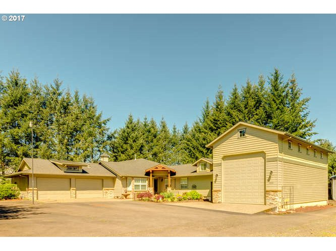 14454 SE HOLLY VIEW TER, Damascus, OR 97089