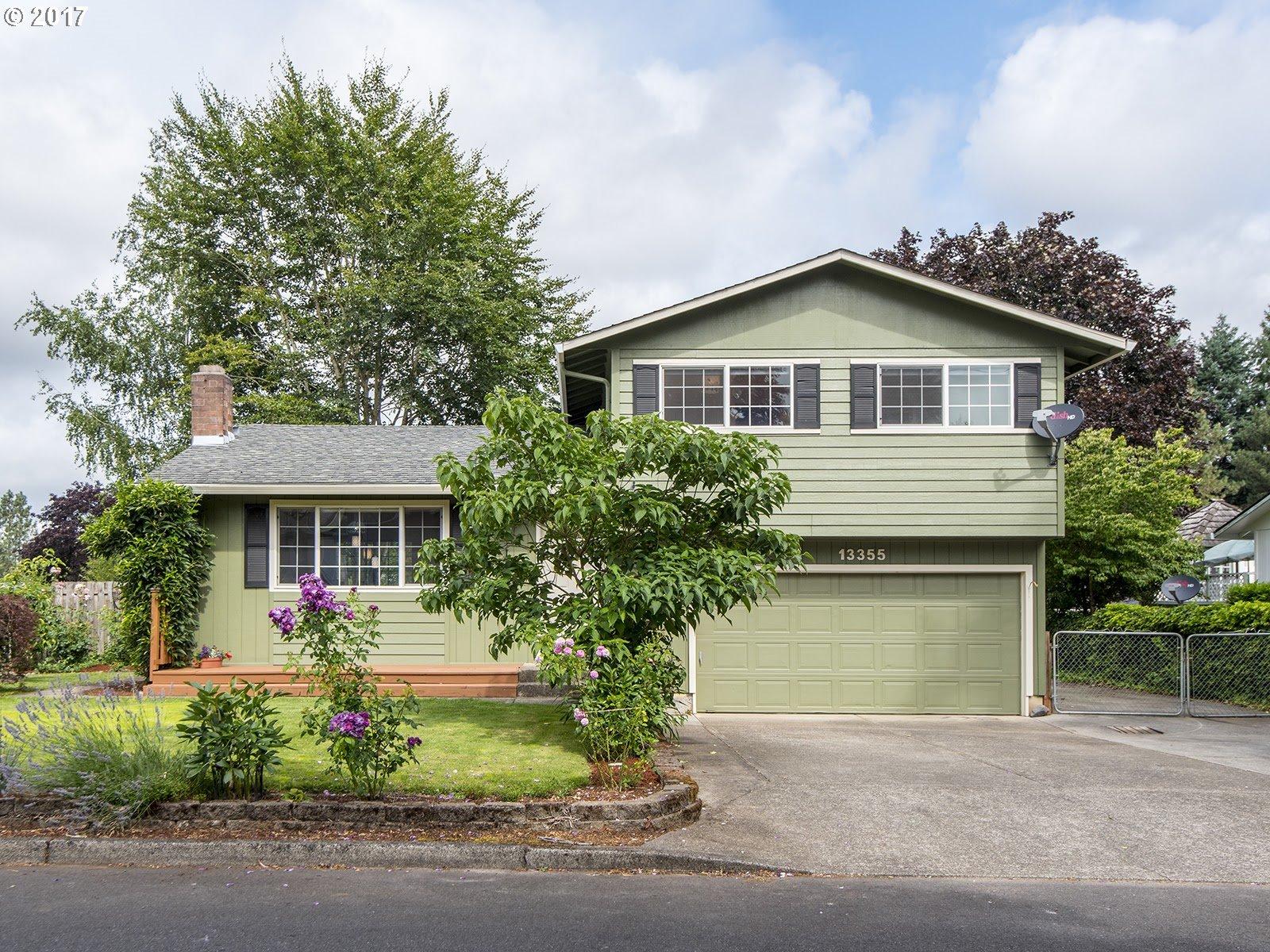 13355 EASTBORNE DR, Oregon City, OR 97045