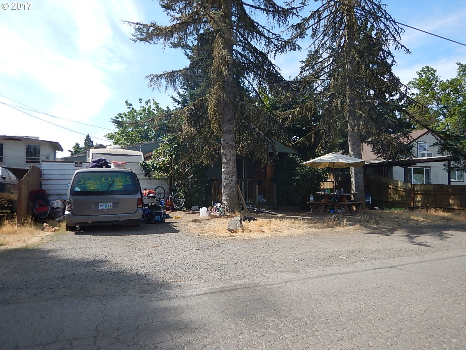 759 W N ST, Springfield, OR 97477