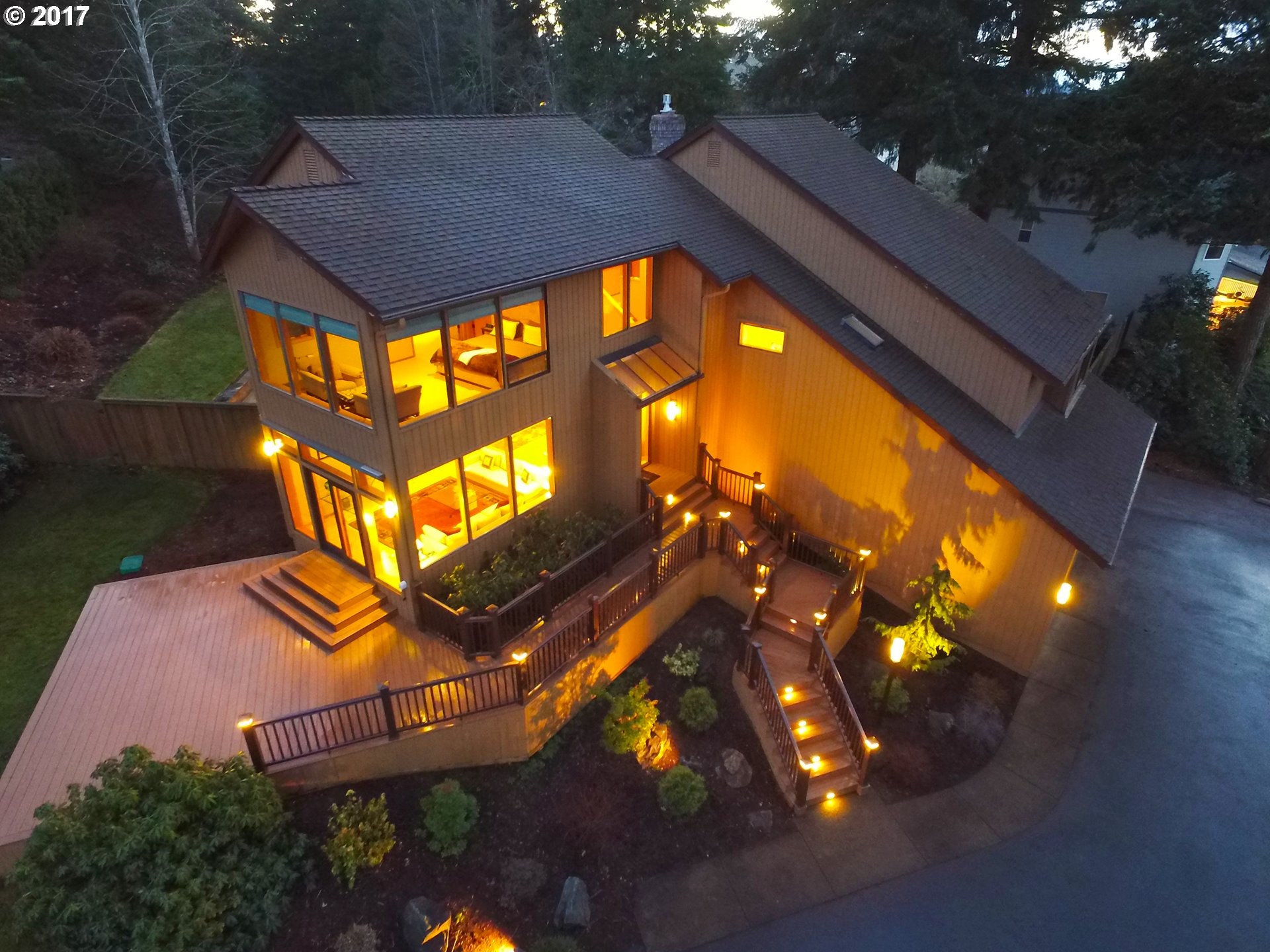 2630 W 29TH AVE, Eugene, OR 97405