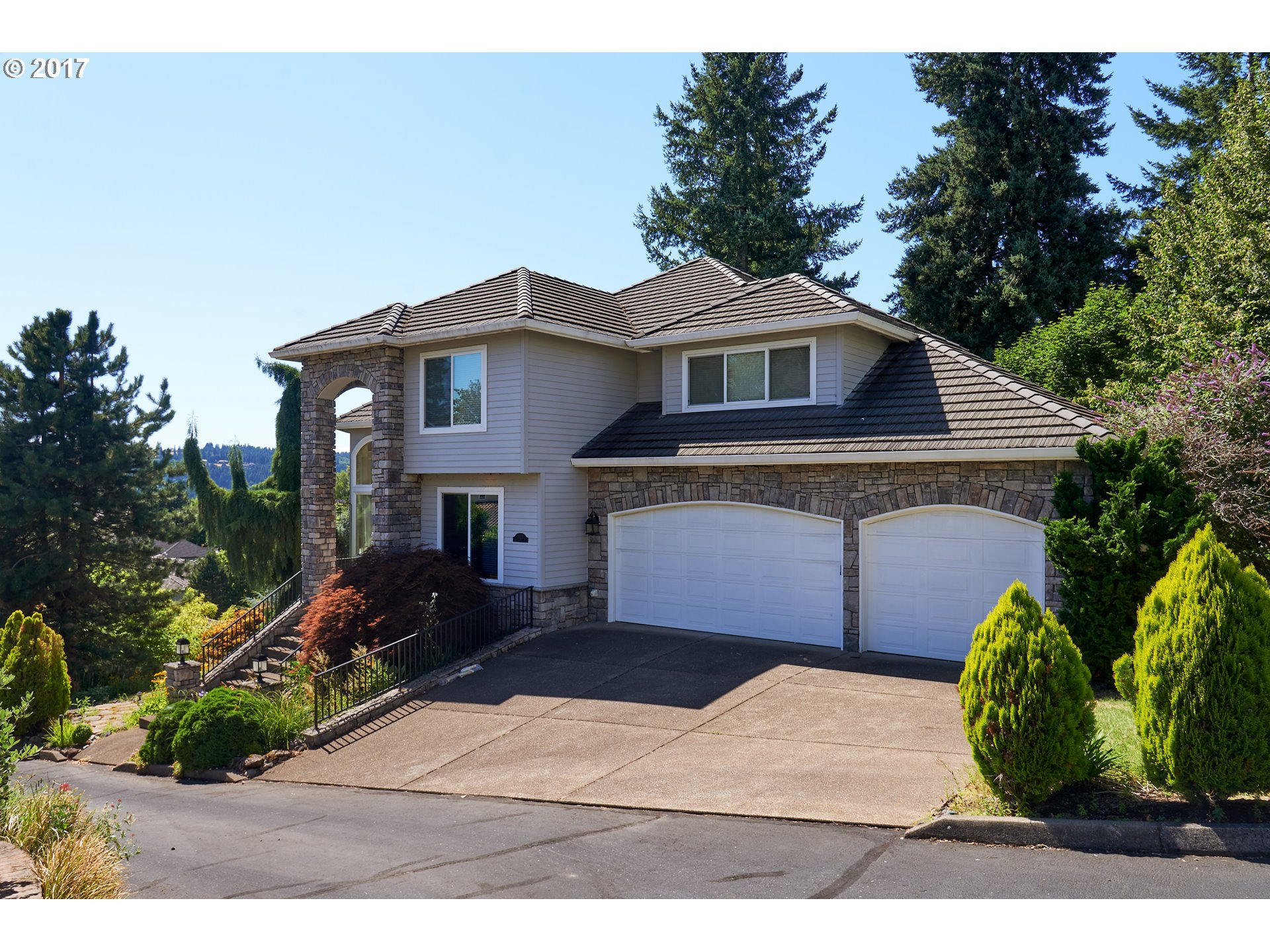 2525 REMINGTON DR, West Linn, OR 97068