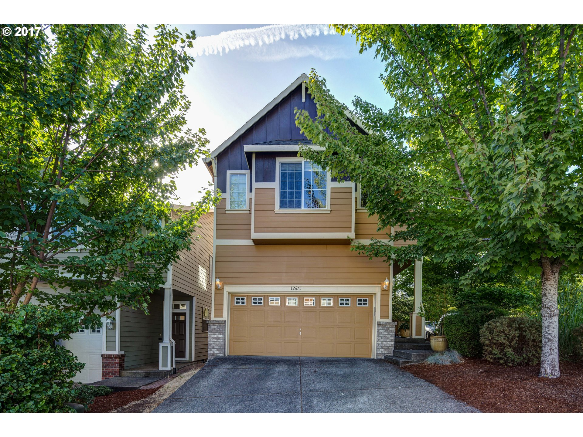 Great location, good layout home with 3 beds/ 2.5 baths plus a loft on the second level, great for home office/game room. Corner lot with low maintenance yard. Conveniently located, near New Seasons, Cinetopia, Big Al's, and great schools! Call your agent to see it today!!!