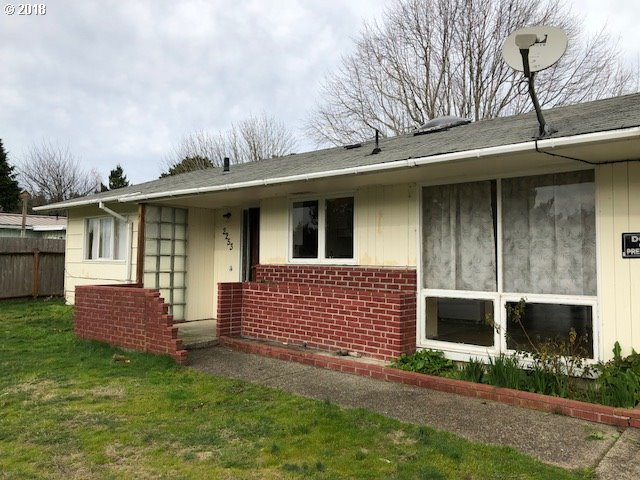 2253 17TH ST, Florence, OR 97439