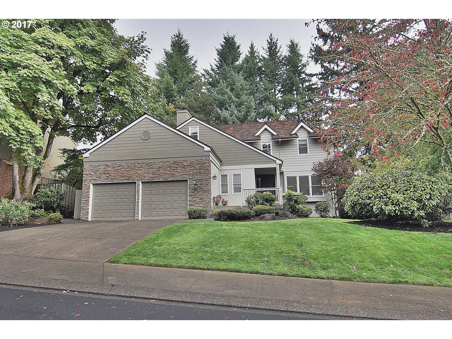 3845 TEMPEST DR, Lake Oswego, OR 97035