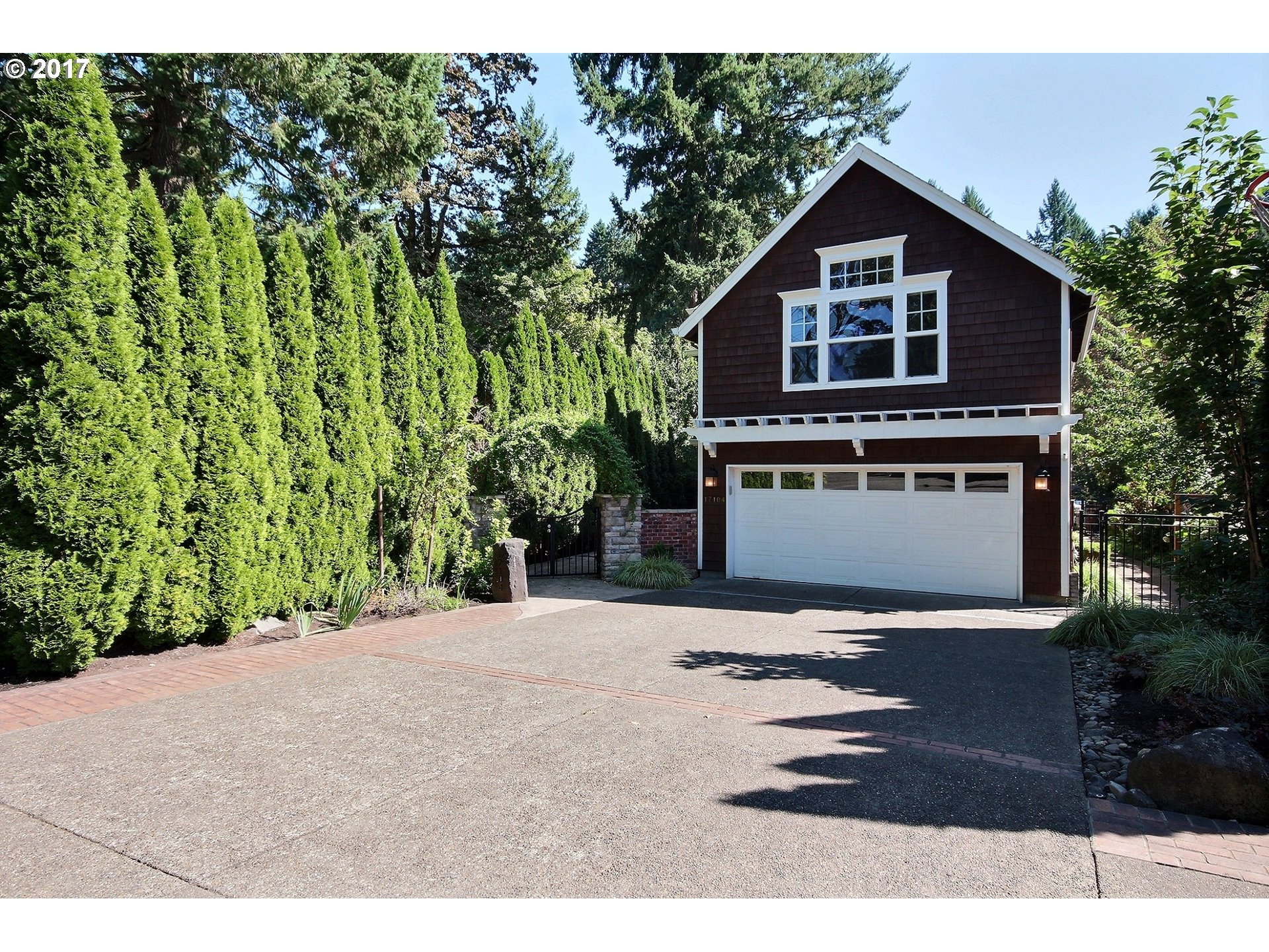 17104 CEDAR RD, Lake Oswego OR 97034