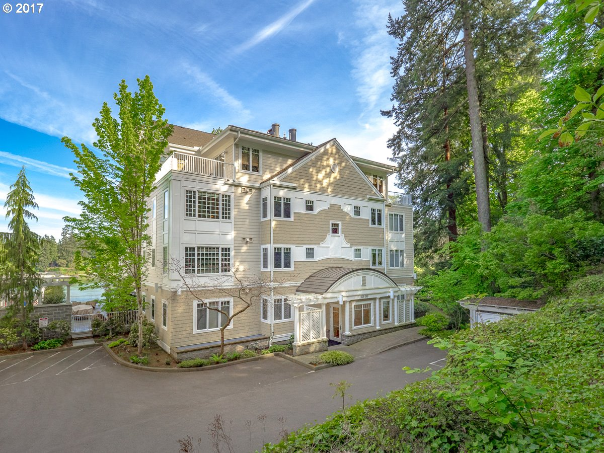 199 FURNACE ST Lake Oswego, OR 97034 - MLS #: 17258667