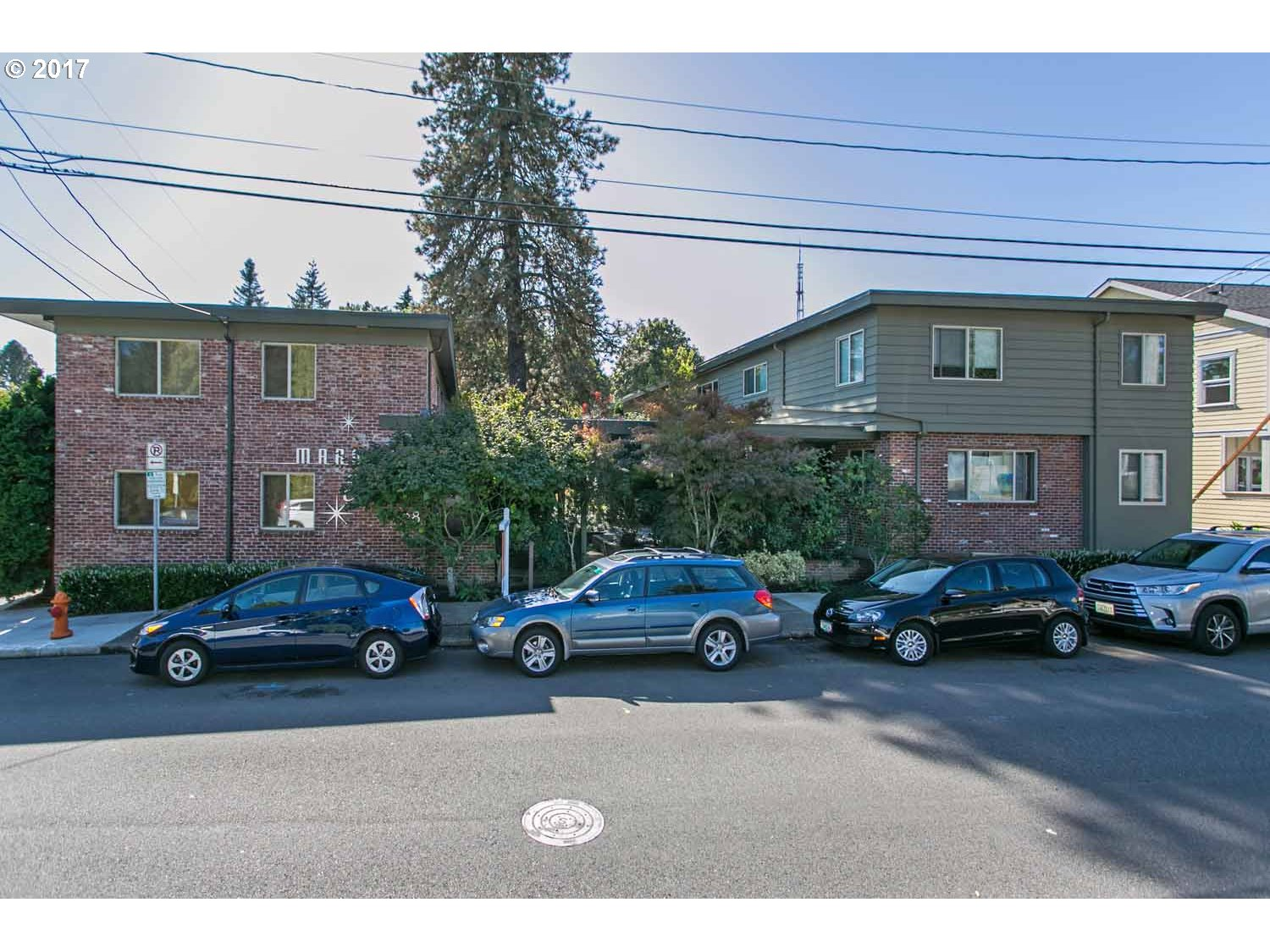 908 SW GAINES ST 17, Portland, OR 97239
