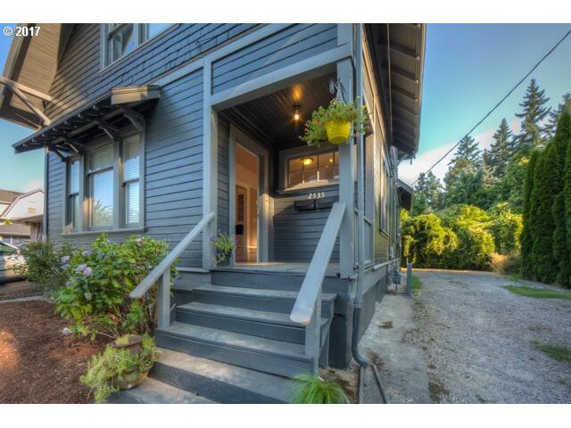 Investment opportunity or owner occupied duplex. Located in historic downtown Milwaukie, just blocks from the farmers market, library, shops, restaurants, the Willamette River, MAX and the bus line! 5 min drive to Sellwood. Tons of original charm and character with plenty of storage and potential for third unit. Upper unit 3/1, main unit 2/1. Walk score 79!